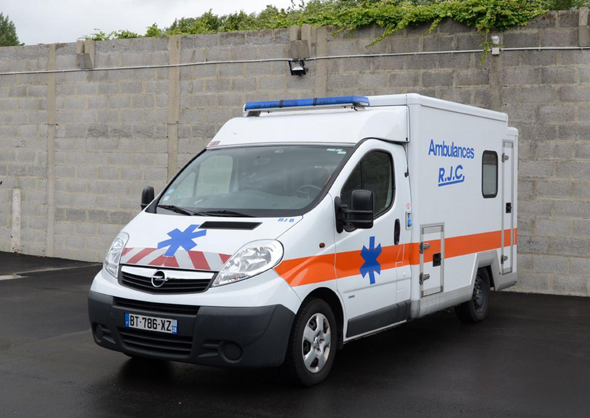 autre-ambulance-exterieur